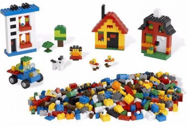 Xếp hình lego kích thích tư duy sáng tạo