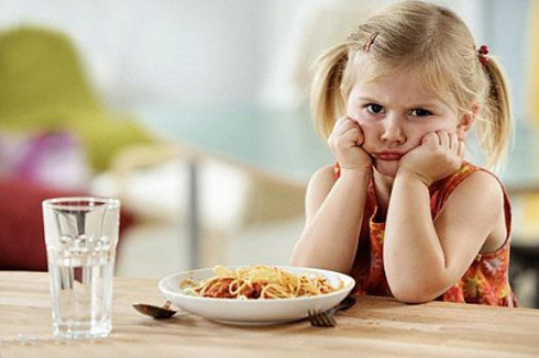 Bé biếng ăn, nhẹ cân, thấp còi làm mẹ lo lắng