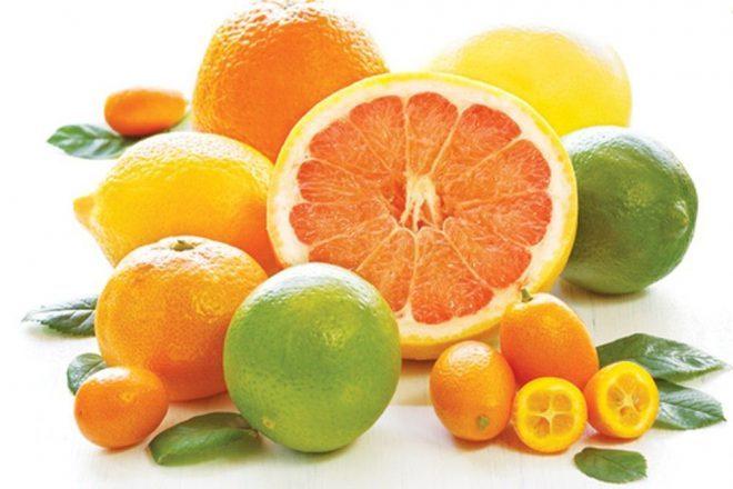 Hạn chế các loại trái cây có chứa acid cho trẻ dưới 1 tuổi