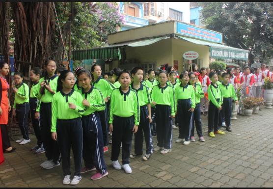 Học sinh trường Tiểu học Khương Mai
