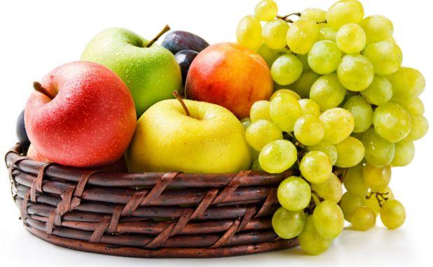 Nên cho trẻ ăn trái cây vào mùa đông