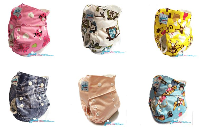 Vỏ quần bỉm được thiết kế với các hình ảnh ngộ nghĩnh, đáng yêu, màu sắc rất hài hòa và bắt mắt
