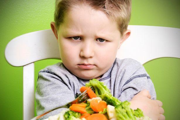 Nguyên nhân khiến bé ăn không thấy ngon miệng