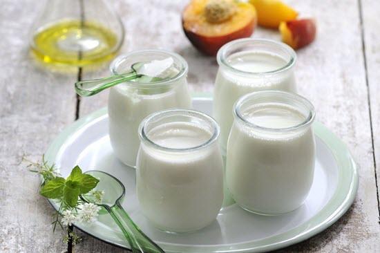 Sữa chua rất tốt cho hệ tiêu hóa của bé