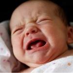 Nguyên nhân trẻ hay quấy khóc về đêm và cách khắc phục