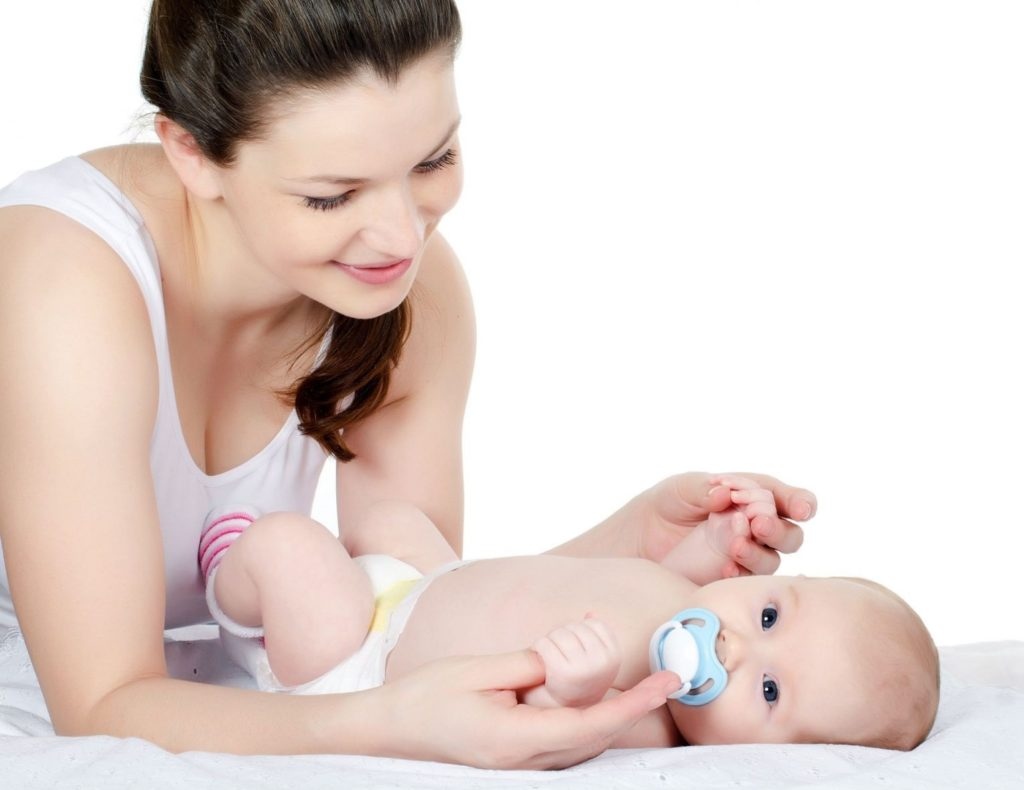 5 điều cần lưu ý trong chăm sóc trẻ sơ sinh sau khi ra viện