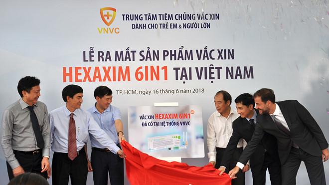Review thực tế tiêm phòng ngừa Vắc xin Hexaxim 6 trong 1 cho bé năm 2019!