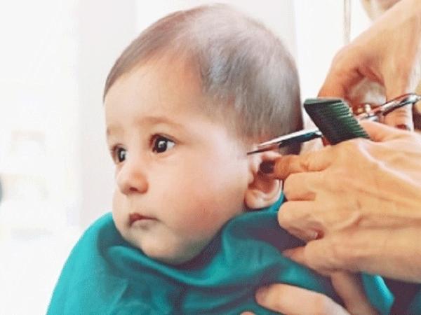 Những lưu ý khi bố mẹ cắt tóc máu cho trẻ sơ sinh