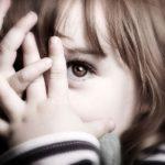 Trẻ Bất Ổn Tâm Lý Do Gia Đình. Nguyên Nhân Và Cách Khắc Phục