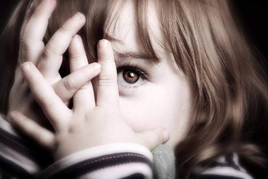 Giúp trẻ vượt qua sự bất ổn về tâm lý;