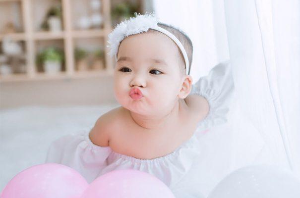 Chu môi đáng yêu