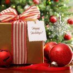 Cha mẹ nên tặng quà gì cho bé vào ngày lễ Noel?